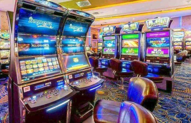 Madagascar Casino Scene Sehfktnaq Slot Machine